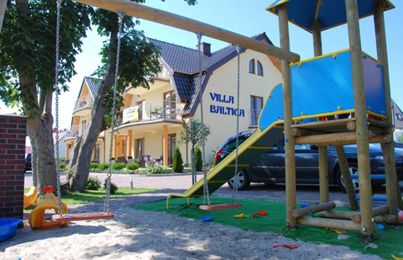 Rowy - Villa Baltica - plac zabaw